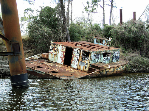 Grounded Houseboat, Through Truss Railroad Bridge, San Jacinto River, Crosby, Texas 0312111347