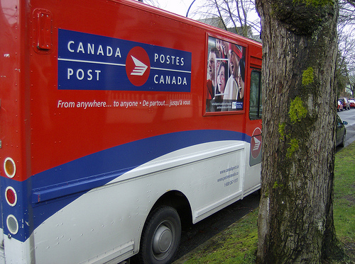 2010 VANCOUVER WINTER OLYMPICS   SELLING THE GAMES :: CANADA POST VAN